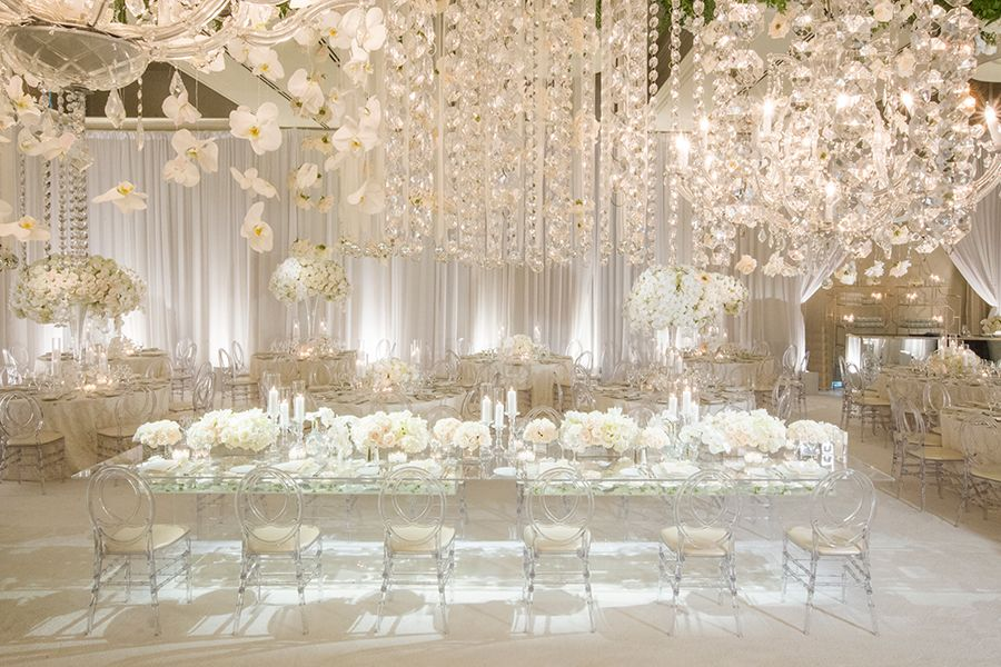 Luxury Southern California All White Wedding Strictly Weddings White Wedding Theme All White Wedding Extravagant Wedding Decor