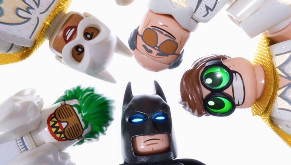 Video Musical Friends Are Family Lego Batman La Lego Pelicula Gatubela