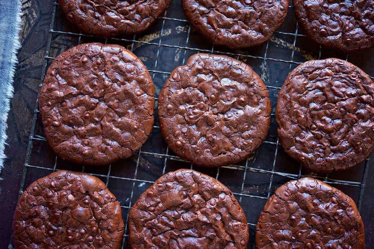 Flourless Fudge Cookies Recipe In 2020 Fudge Cookies Fudge