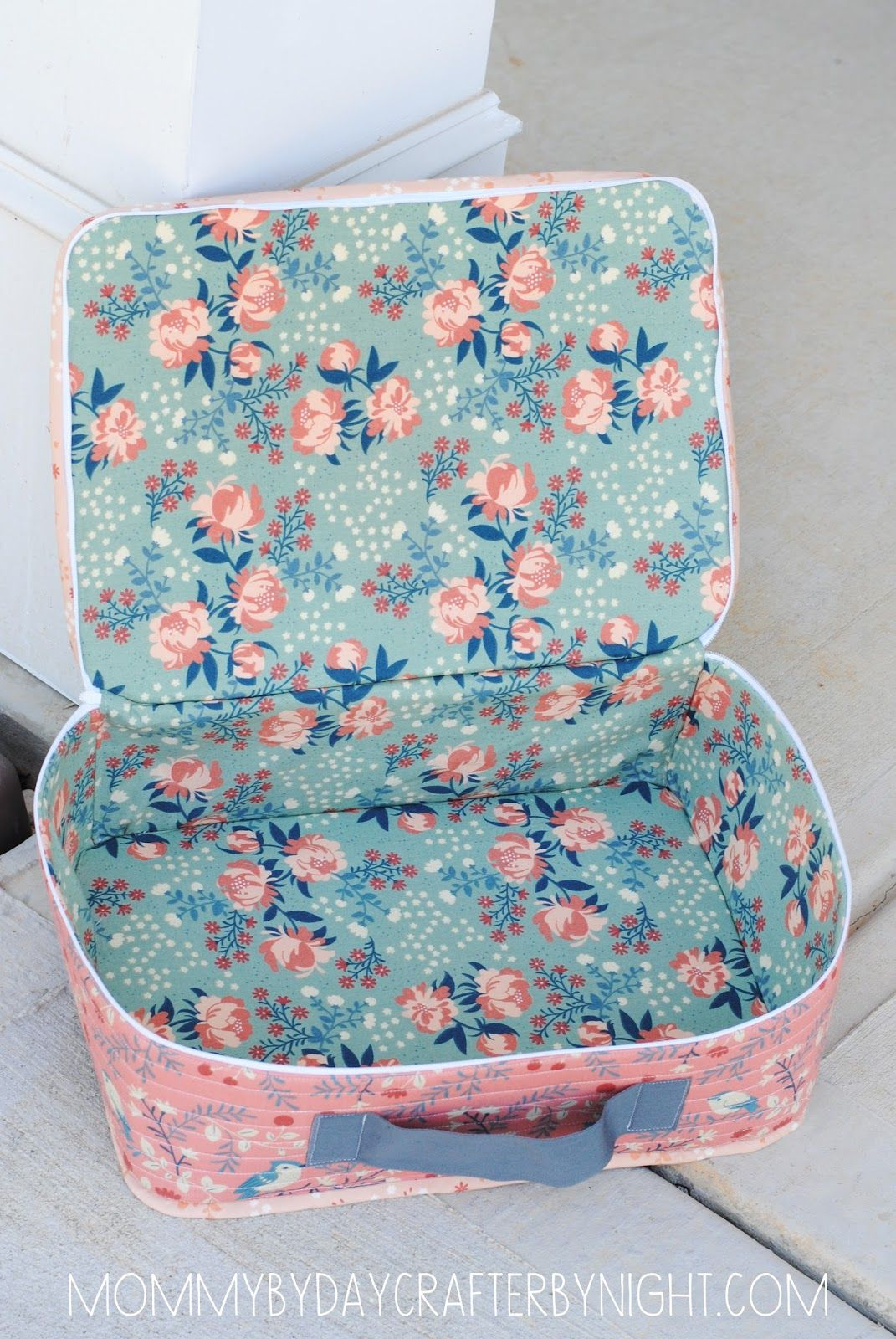 Mommy by day Crafter by night: Quilted Suitcase Tutorial | Sewing ...