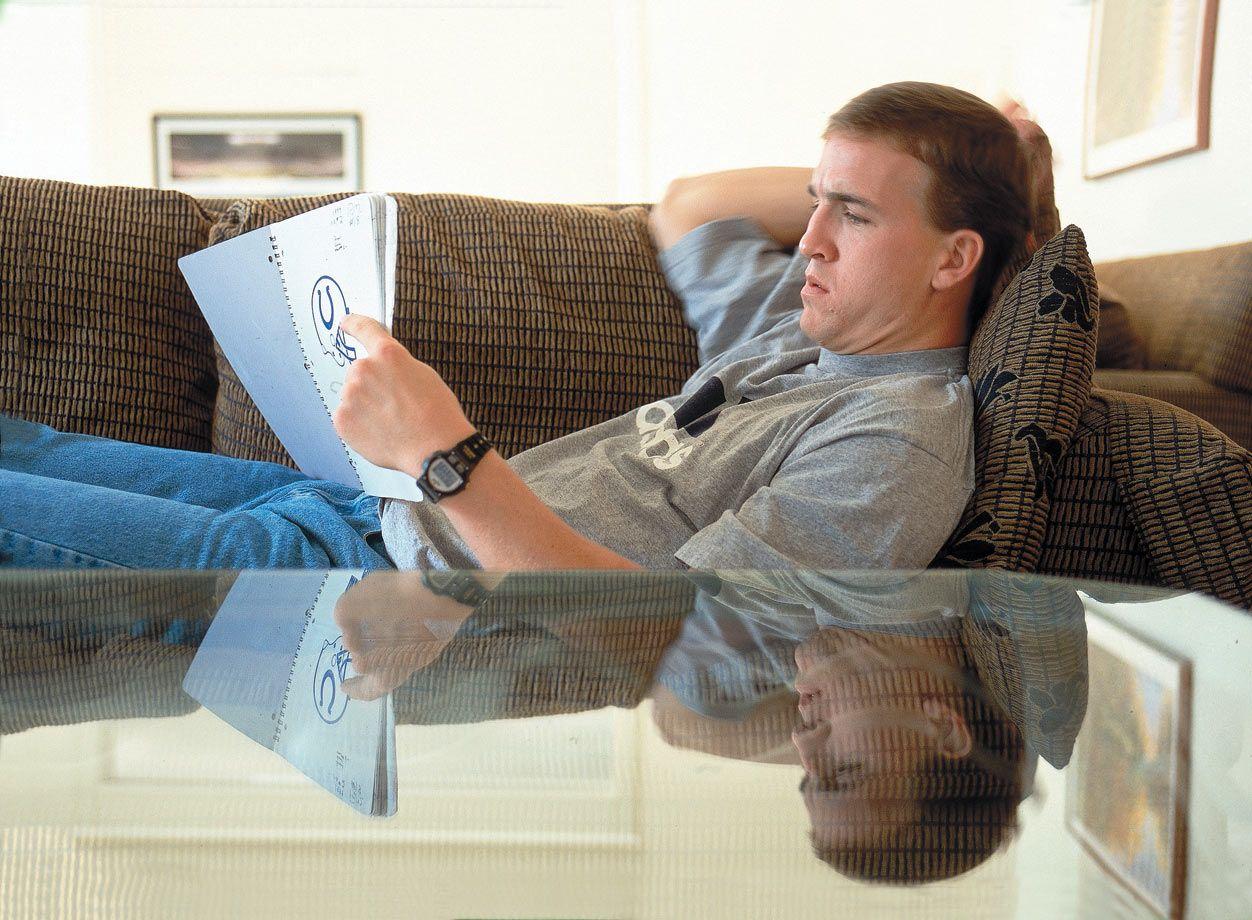 Swell Rare Photos Of Peyton Manning Peyton Manning Peyton Beutiful Home Inspiration Truamahrainfo