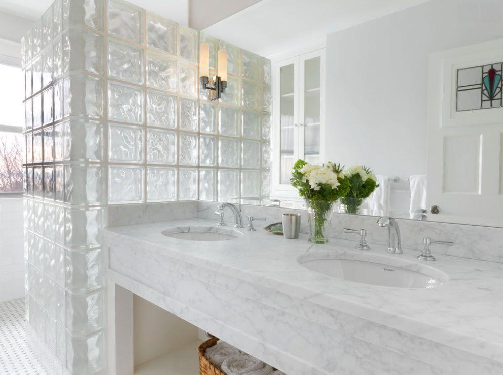перегородка из стеклоблоков в ванной дизайн интерьера