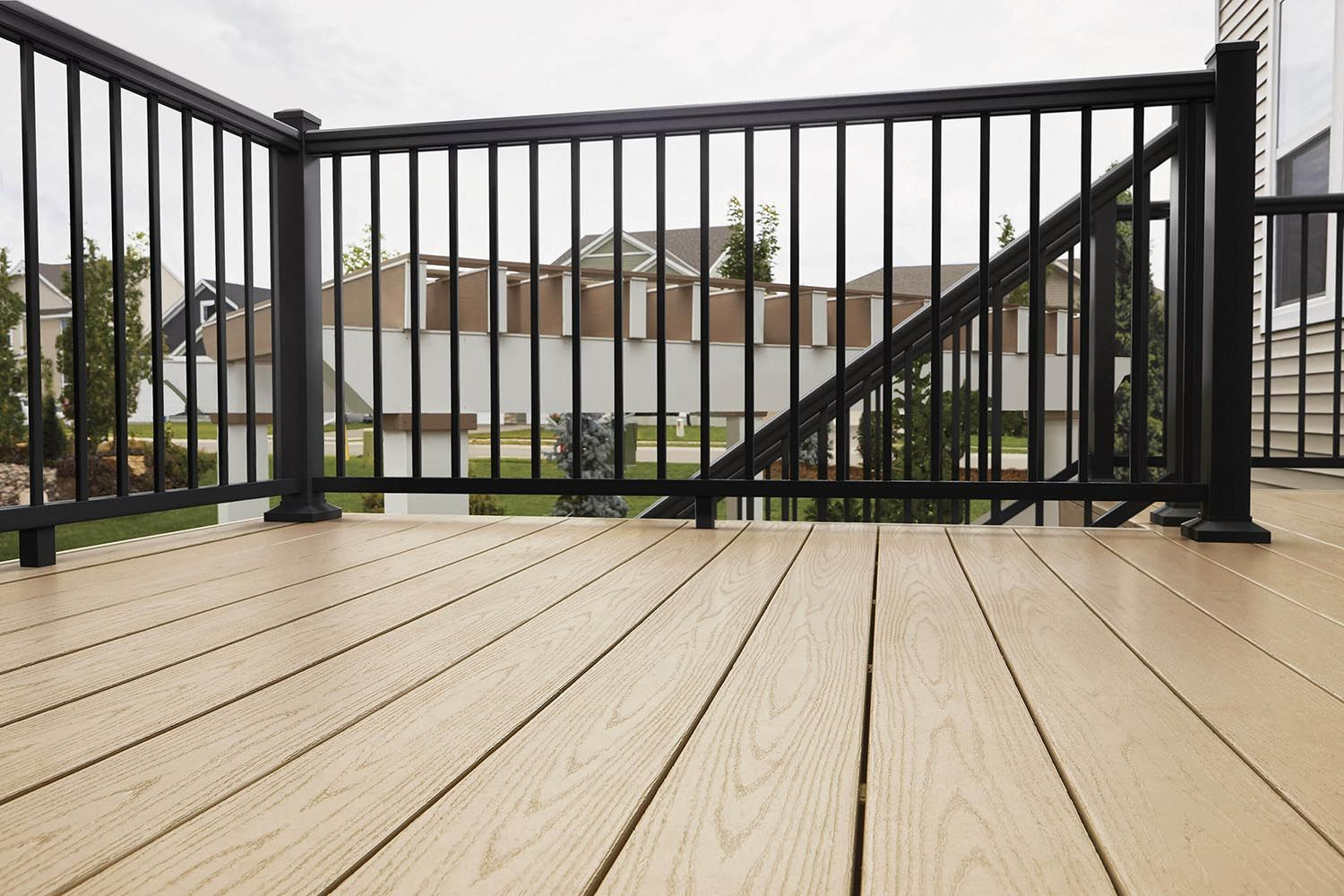 Baluster Spacing Calculator Decks Com Online Calculator To Project How Many Balusters Will Be Needed Deck Railing Design Baluster Spacing Building A Deck