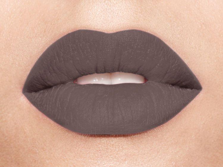 Très Le rouge à lèvres gris, on adopte ou pas ? | Le rouge, Gris et Rouge ZJ11