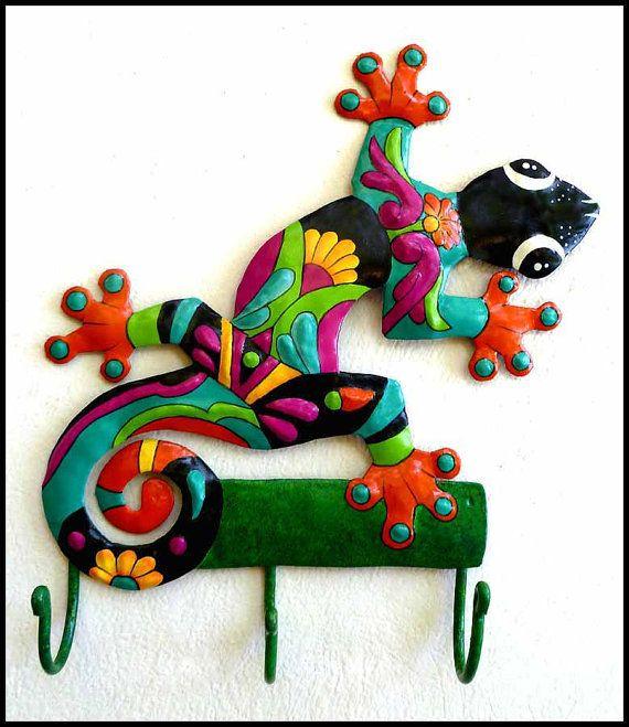 Gecko - pintada a mano del metal gancho de la pared - M-402-OR-H.  ¡ Que colores tan lindos¡