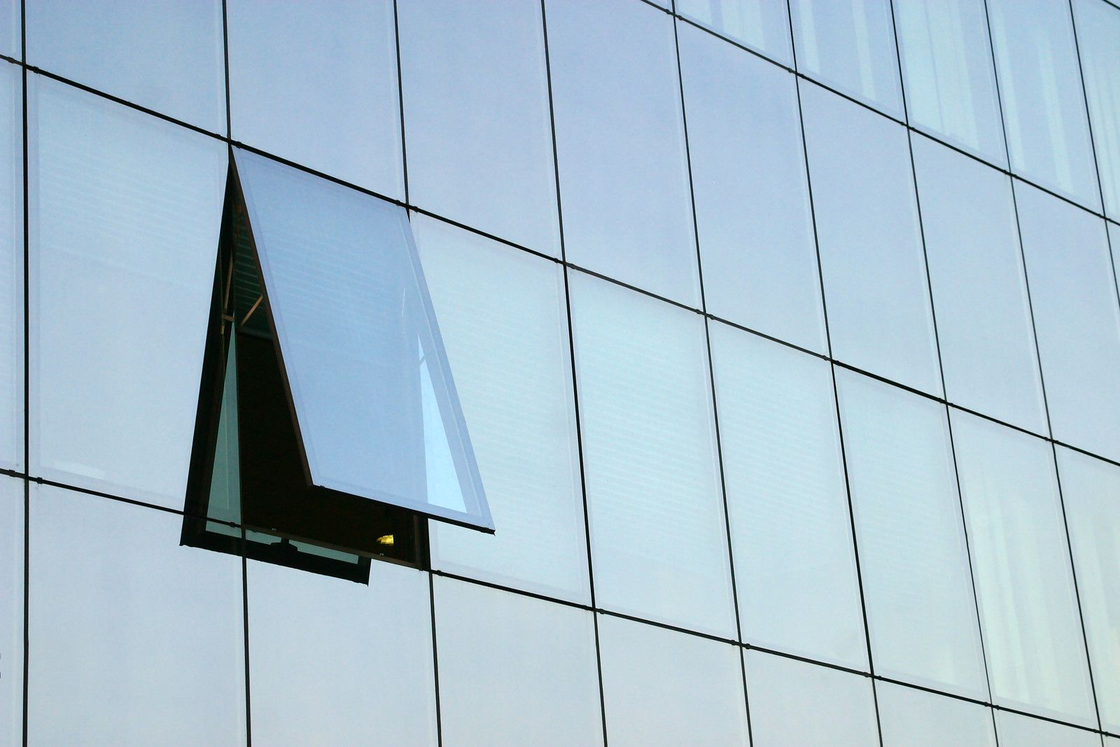 Structurally Glazed Curtain Wall : Structurally glazed curtain wall with operable google