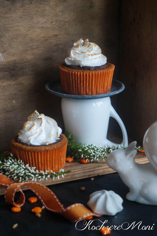 Kürbis Kardamom Cupcakes mit Schaumkusskrönchen