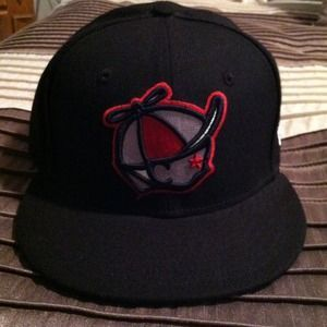 I just discovered this while shopping on Poshmark: REDUCEDMen's New Era Cap. Check it out!  Size: 7 5/8
