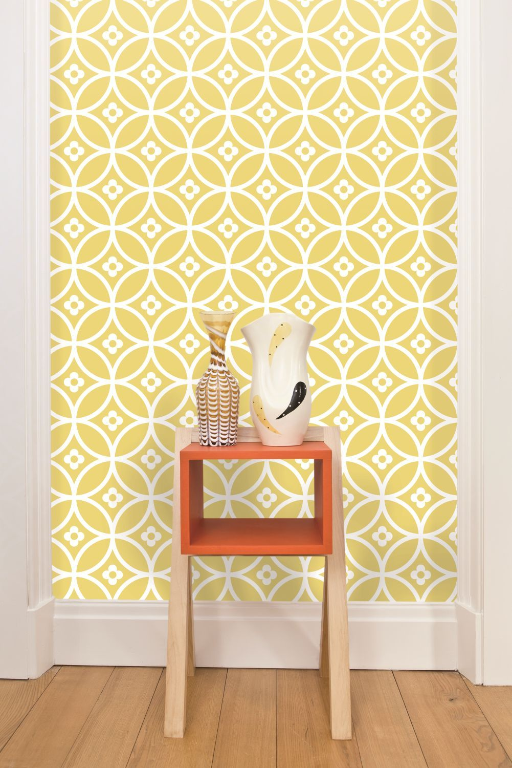 Daisy Chain Small , Wallpaper, LF1013 | Wallpaper, Room and Living rooms
