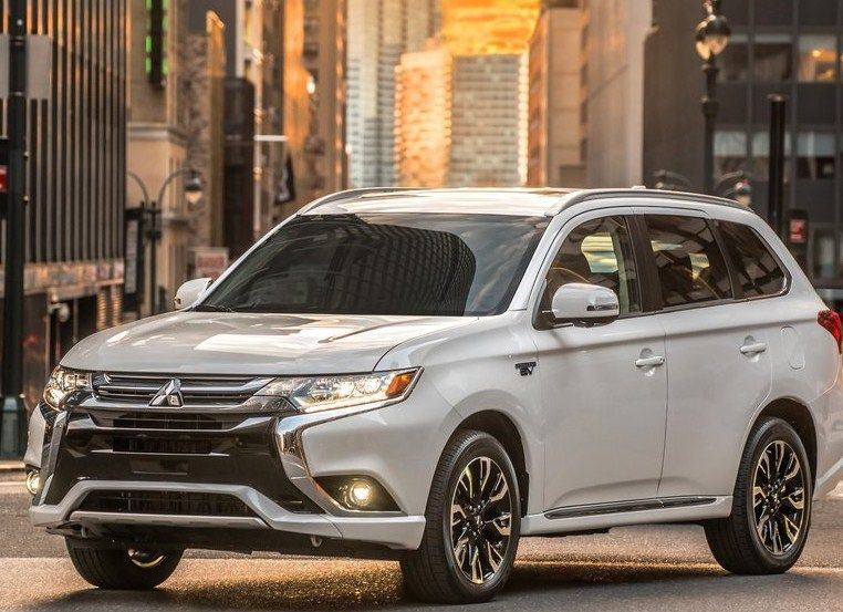 2018 mitsubishi outlander review. modren outlander 2018 mitsubishi outlander phev rumors throughout mitsubishi outlander review