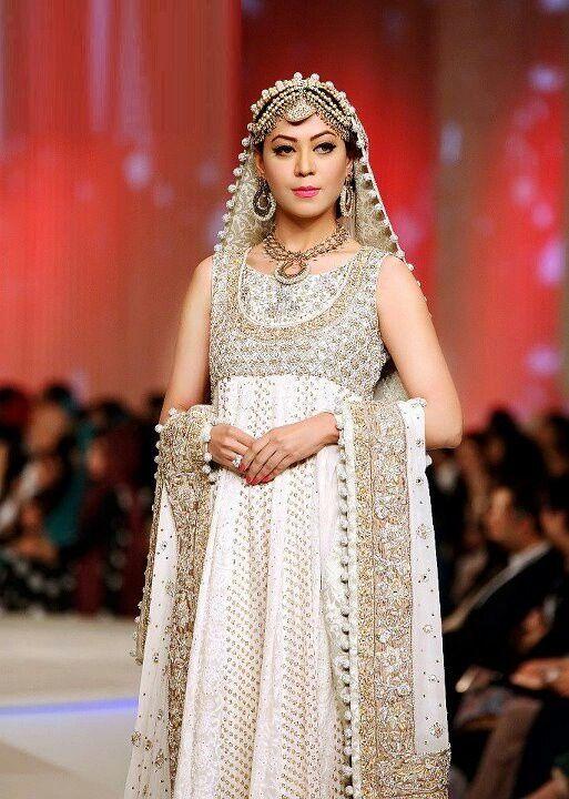 Indian Bridal White Simple Elegance Indian Wedding Bridal