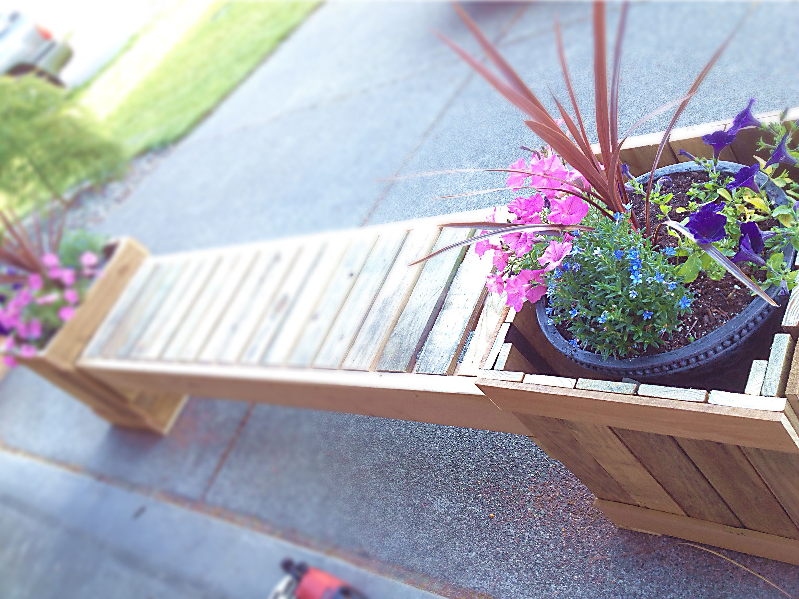 My Husband S Diy Planter Bench Made From Recycled Pallets
