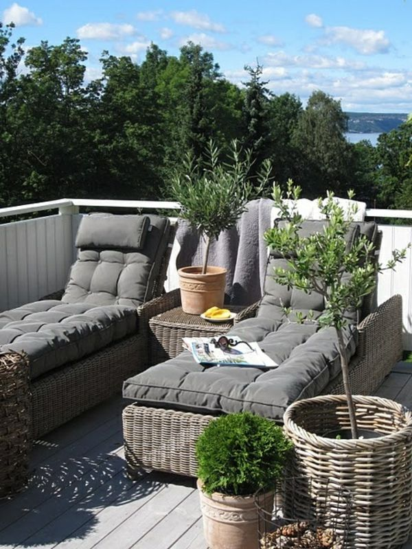 bequeme lounge m bel f r drau en wohnidee balkon pinterest terrasse balkon und garten lounge. Black Bedroom Furniture Sets. Home Design Ideas