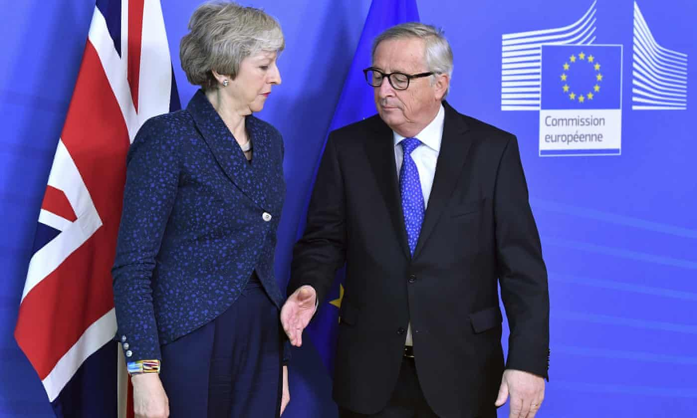 Theresa May With Jean Claude Juncker Brexit Theresa May Jean Claude Juncker
