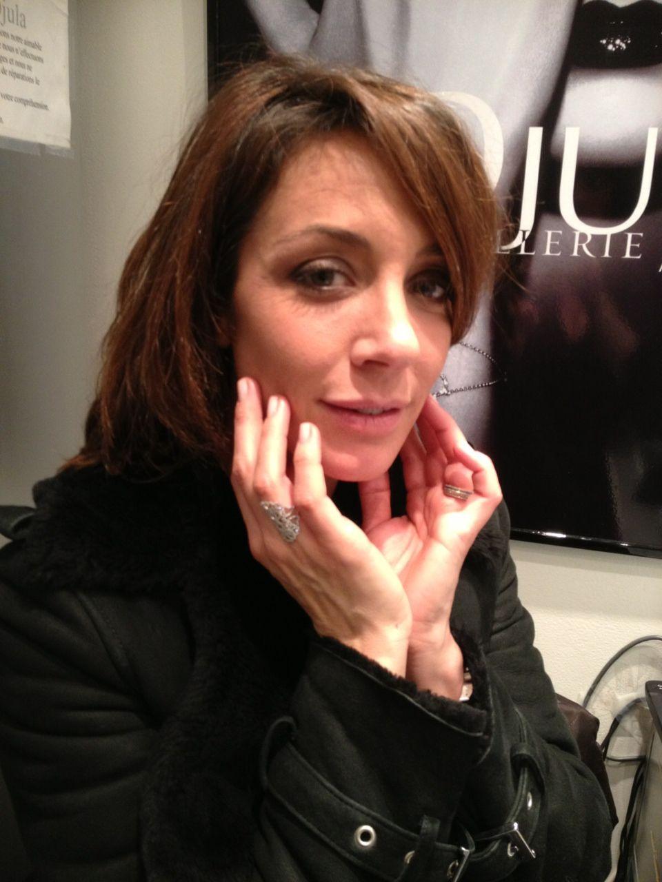 La magnifique Virginie Guillaume adore la bague Multicoeur @DjulaParis, #Djula, #Joaillerie