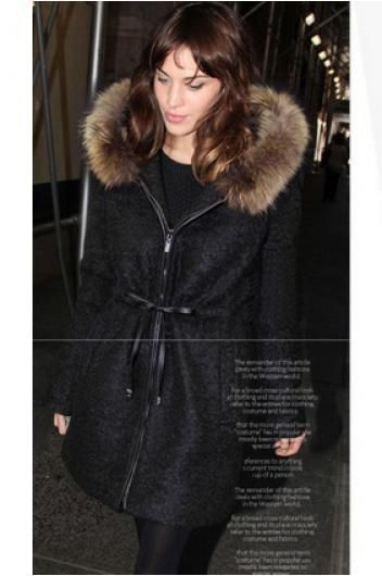 Hooded faux fur collar coat//