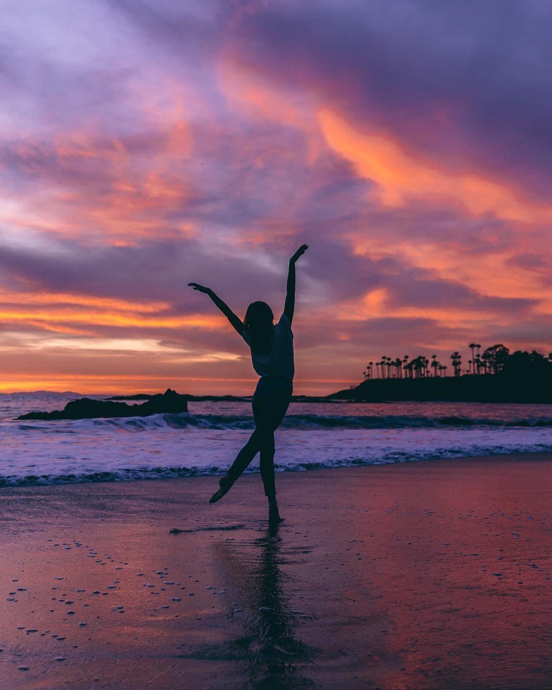 Let S Dance Melissa Findley Dance Instagram Jessica Lets Melissafindley Stein In 2020 Dance Photography Dance Photography Poses Dance Picture Poses