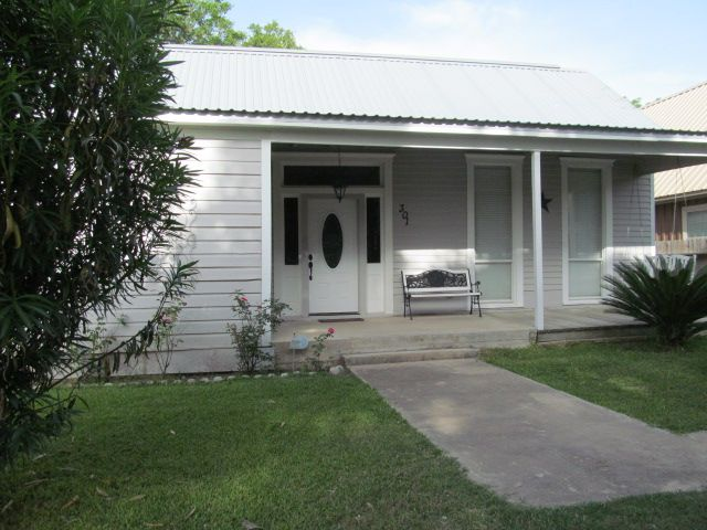 Nicely Remodeled 1920s Home For Sale In Columbus Texas Real