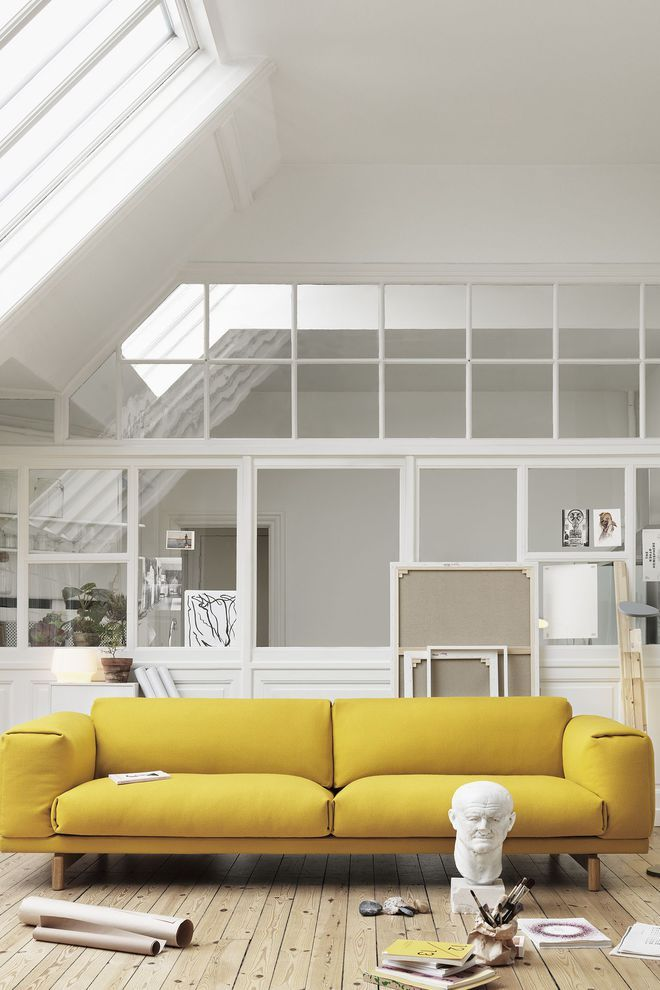Lignes rebondies pour ce canapé design jaune citron | Idées pour la ...