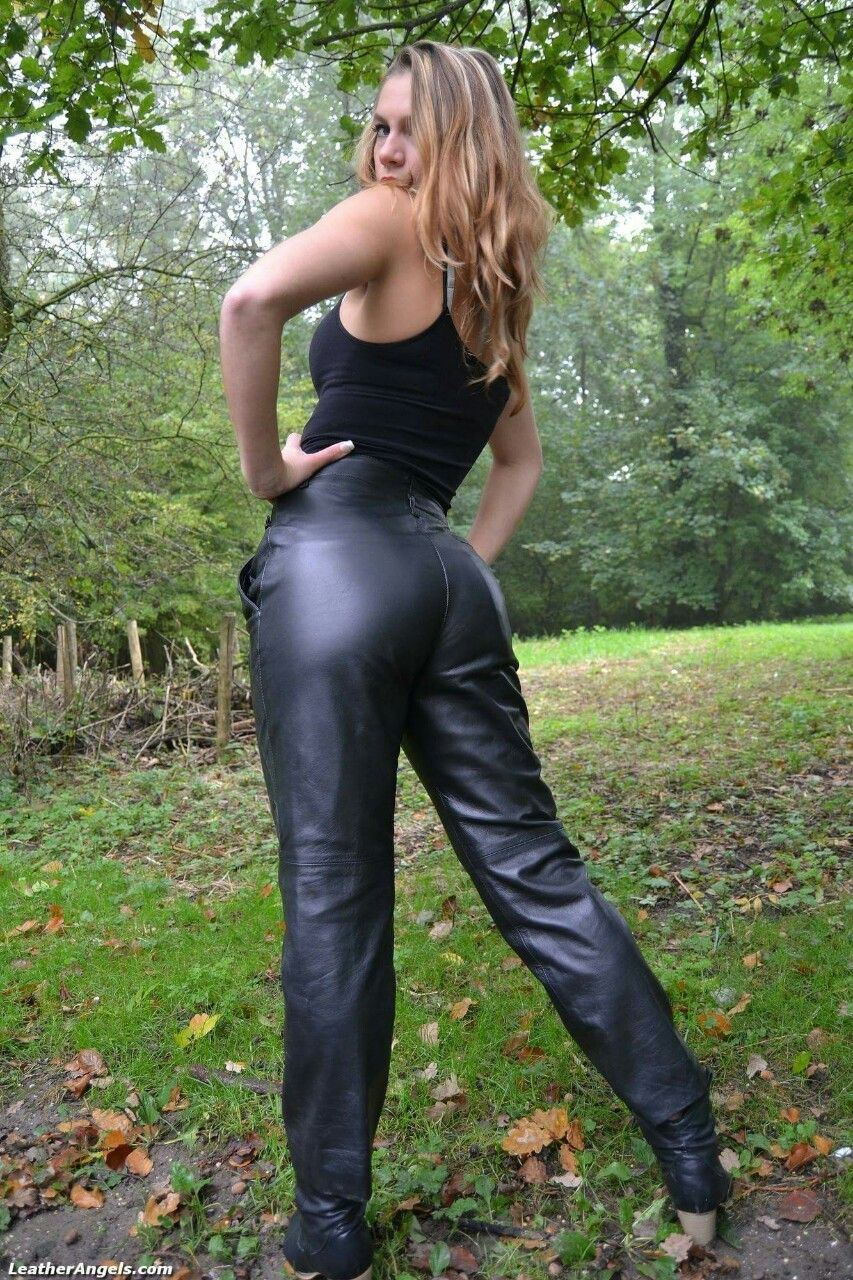 Ass In Leather 95