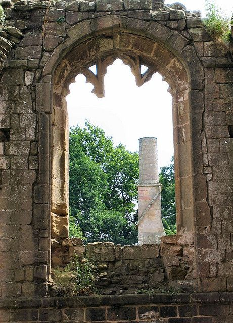 I want ruins in my gardens!