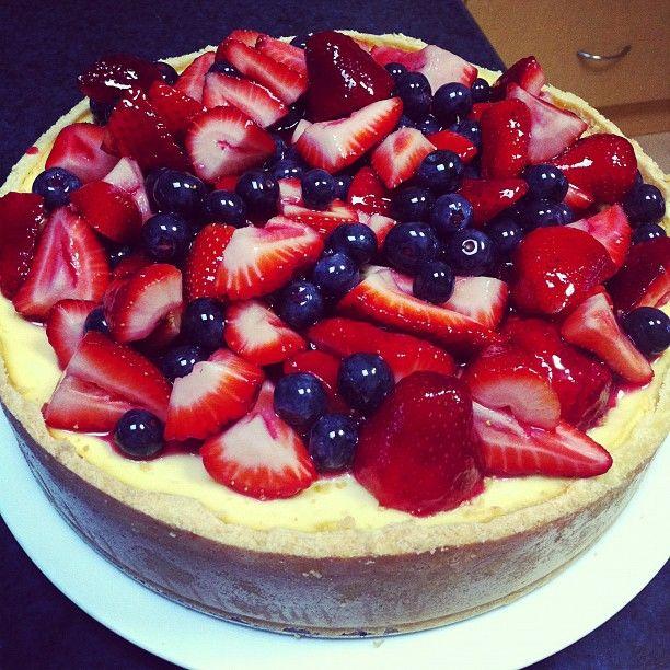 My favourite New York Baked Cheesecake....YUM!!!!