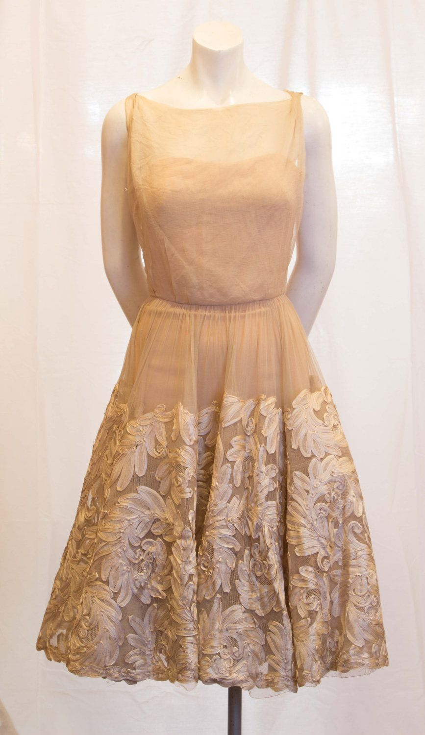 Beverly hills ViNTAGE 1950\'s off white chiffon A line wedding ...