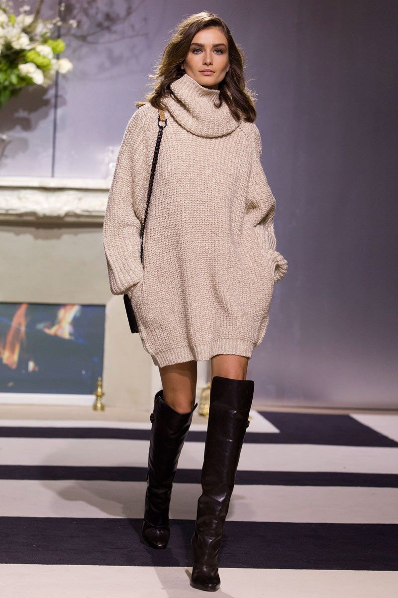 Andreea Diaconu sweater dress H&M show | Fashion - runway ...