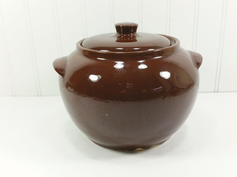 Watt Bean Pot Dark Brown Bean Casserole With Lid 1950s Watt Etsy Bean Pot Pottery Bean Casserole
