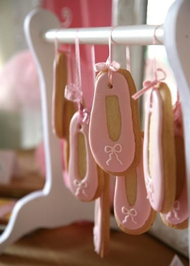 Ballerina Party: ballet shoes cookie display