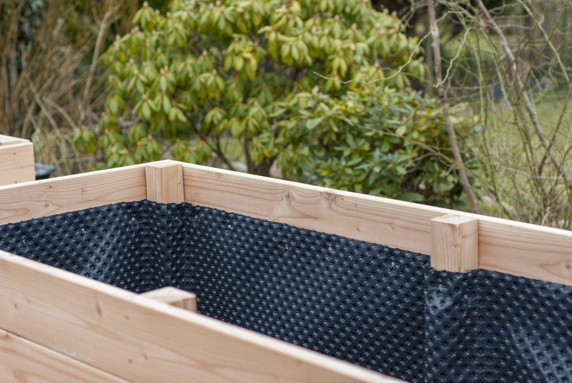 Ein Hochbeet Selbst Bauen Schritt Fur Schritt Mit Vielen Bildern Erklart Hochbeet Hochbeet Bauen Und Hochbeet Bauanleitung