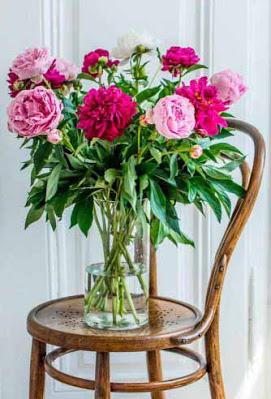 باقة ورد لون ماجينتا وروز رائعة Pretty Flowers Home Decor Pretty Flowers Pictures