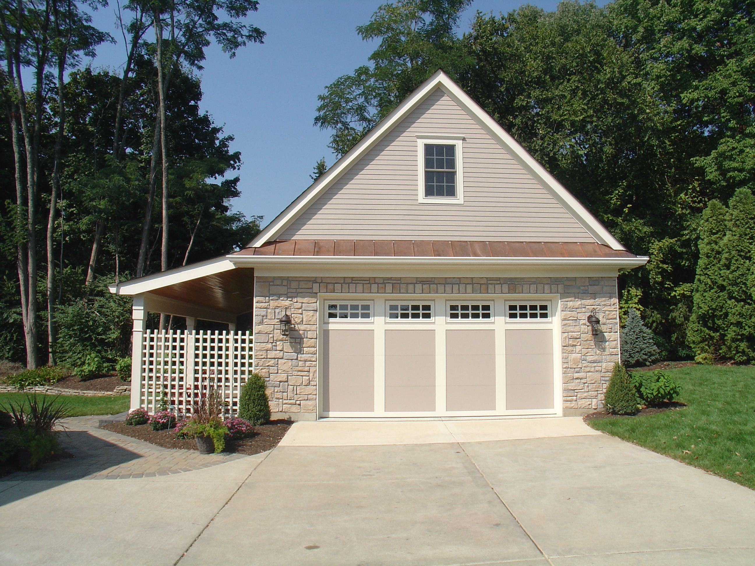 Another version of a detached garage with porch to the for Garage portico