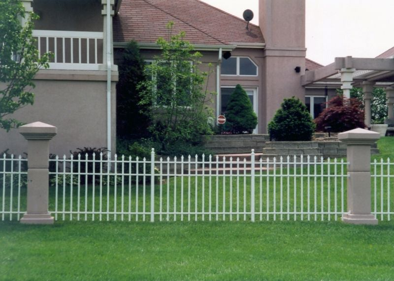 S6 Citadel Specrail Aluminum Fence Installed By Eads Fence Company