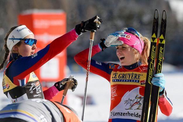 Ingvild Flugstad Östberg johtaa kokonaiskilpailussa Therese Johaugia 25 sekunnilla.