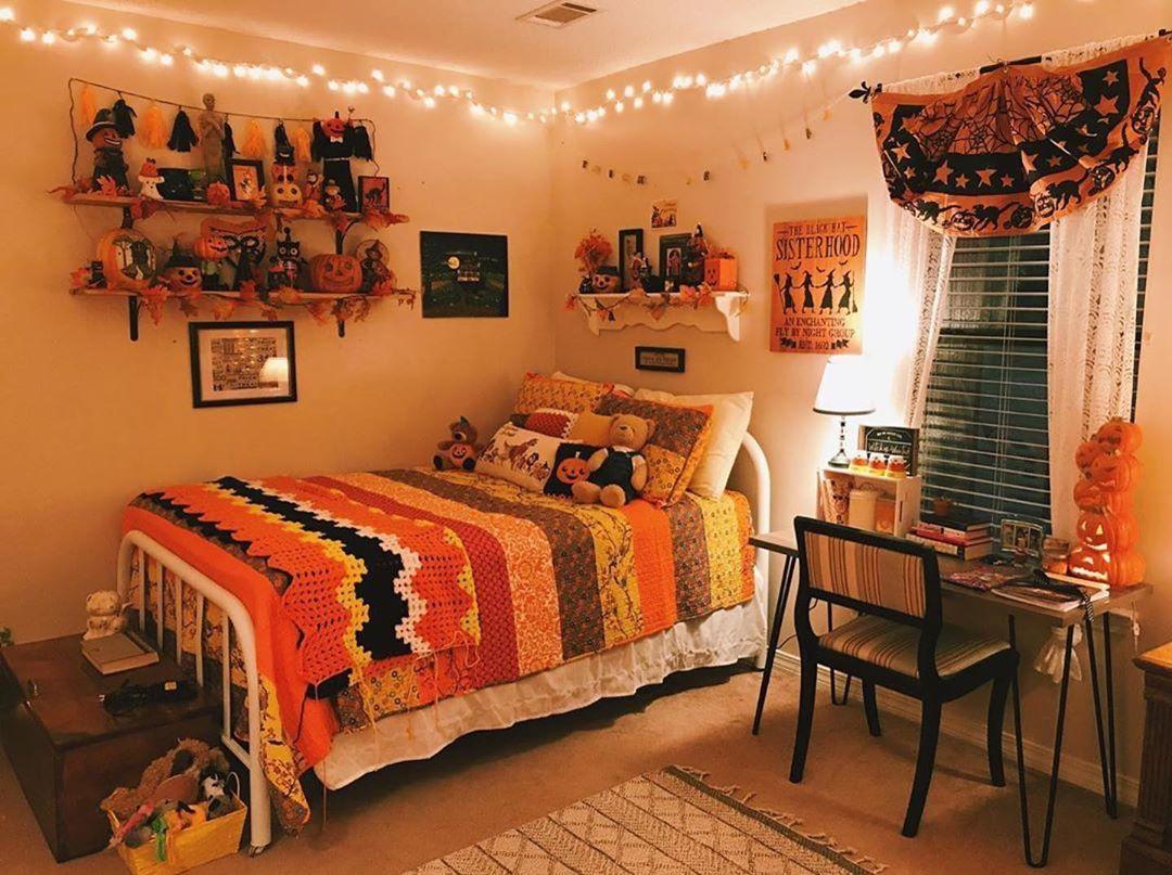 Halloween fall bedroom decor spooky season decorations ...