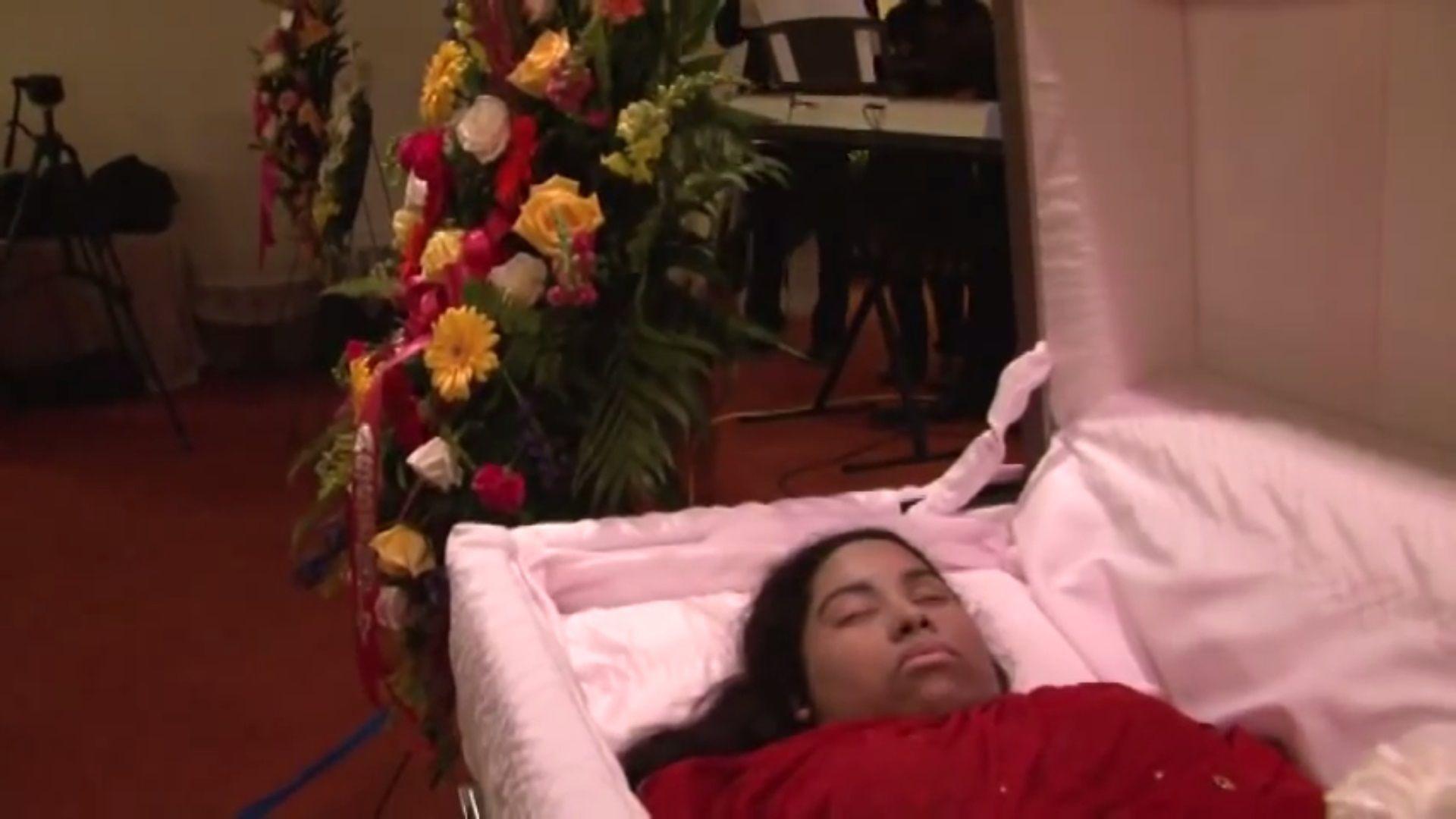 Bernie Mac Funeral Open Casket Www Topsimages Com