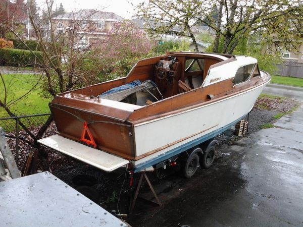 FREE 1957 Owens Wooden boat - needs restoration! COOL | Ride