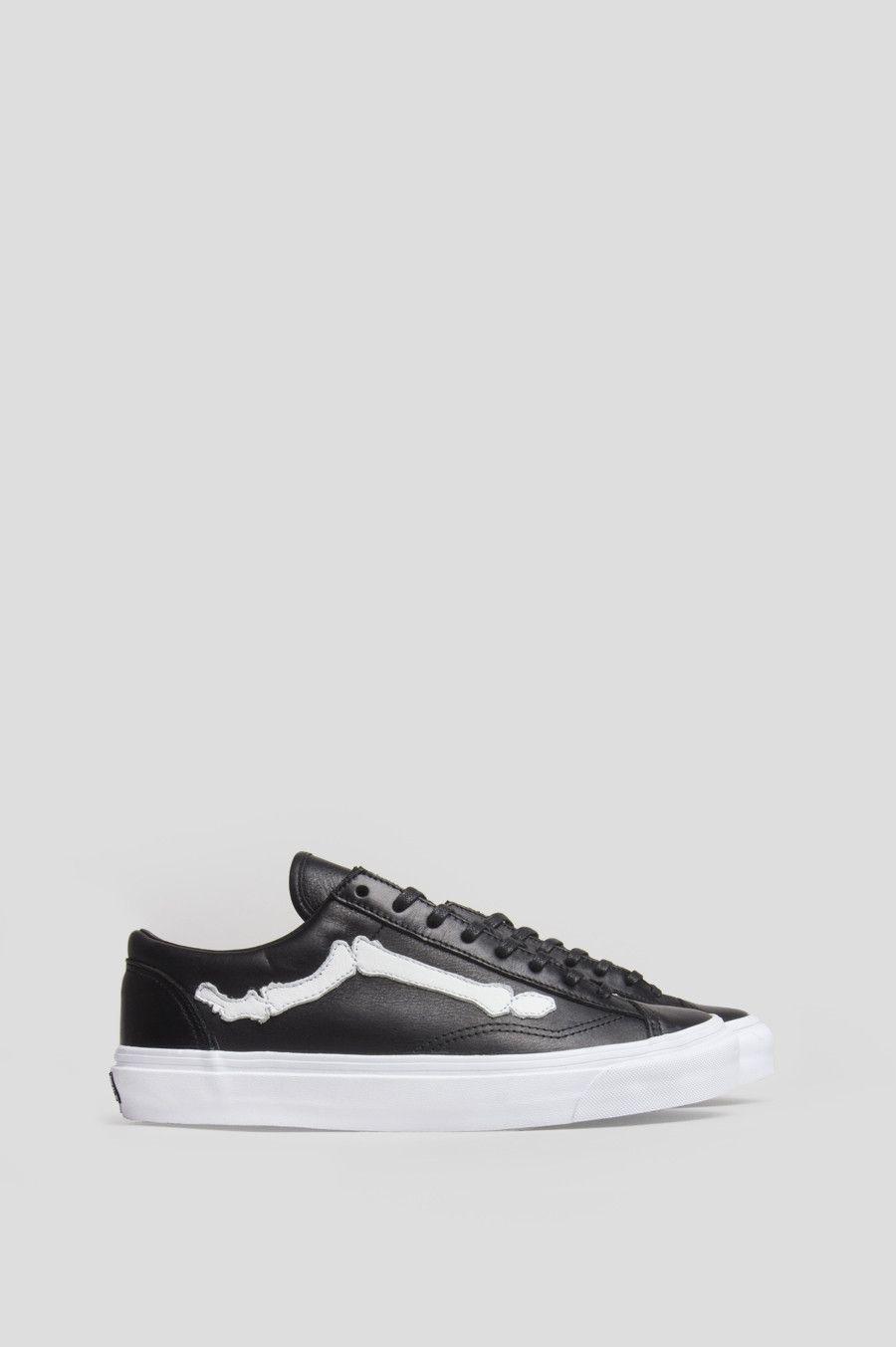 123d4d4130 Vans x karl lagerfeld classic slip on black black