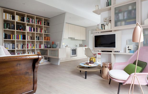 Open space come dividere cucina e soggiorno idee for Scrivania soggiorno