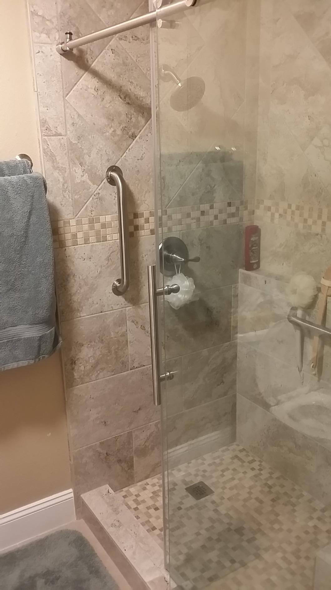 Includes Anti Splash Threshold To Prevent Water Spillage