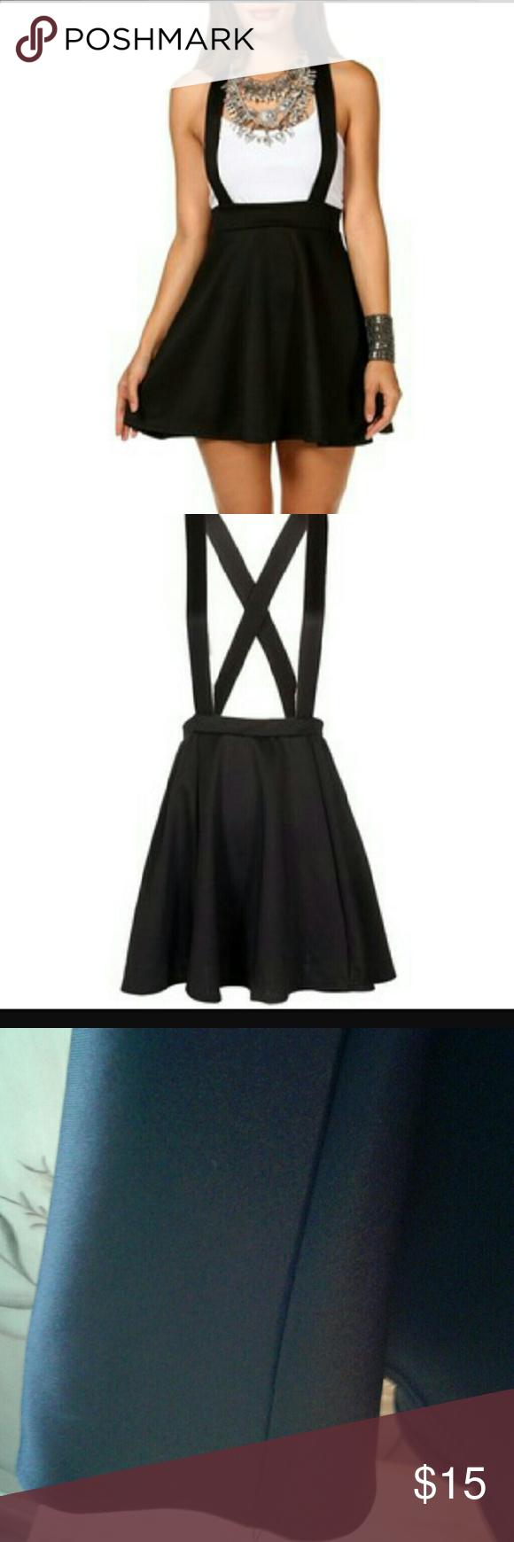 Skater skirt dress Awesome skater skirt dress, never used Skirts Circle & Skater