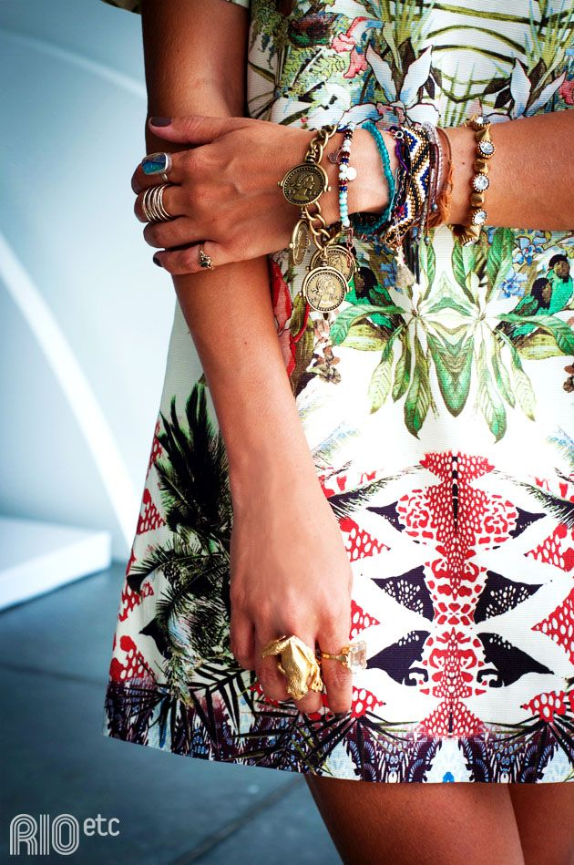 http://www.rioetc.com.br/vestidos/licoes-de-moda/