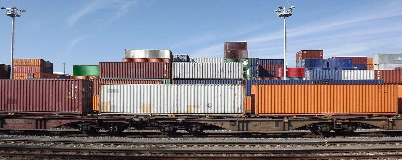 Get smart Logistics Services Globally through Surface, Air