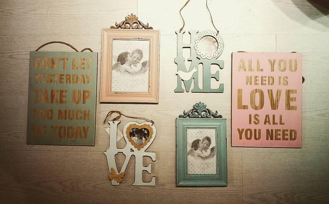 Set a frame history Family #home #decoration #life❤️ #foralifeinstyle💗 (em 7eva design)