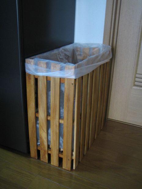 えっ と驚く8つのすのこアレンジ インテリア 収納 ゴミ箱 Diy 作り方 木箱で整理