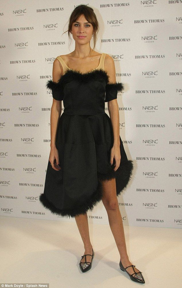 Alexa Chung In Simone Rochas Dress