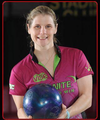 Kelly Kulick   Bowling, Ball exercises, Athletic women