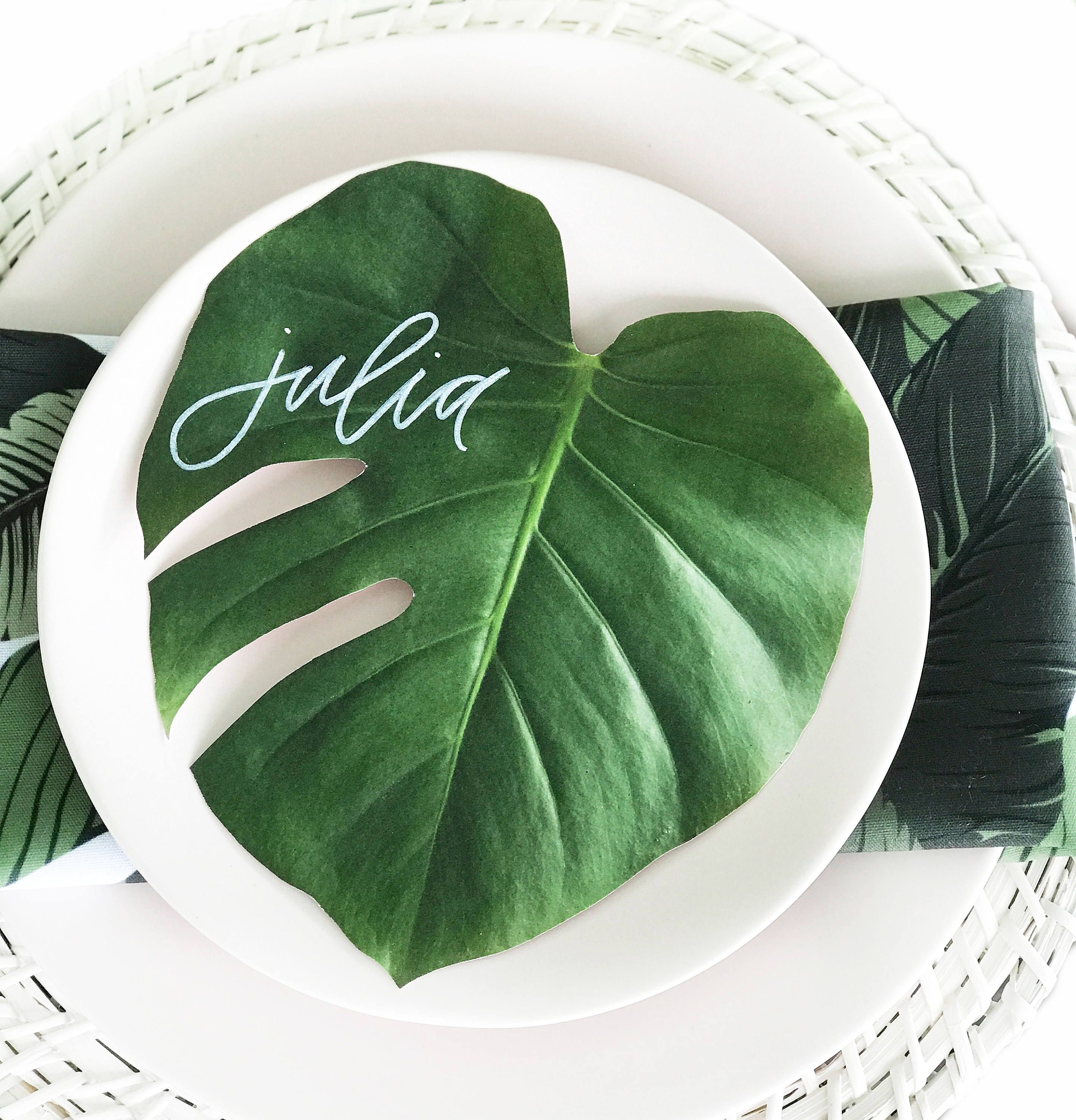 Omg love this idea for place cards! | Monstera Leaf Place Cards ...
