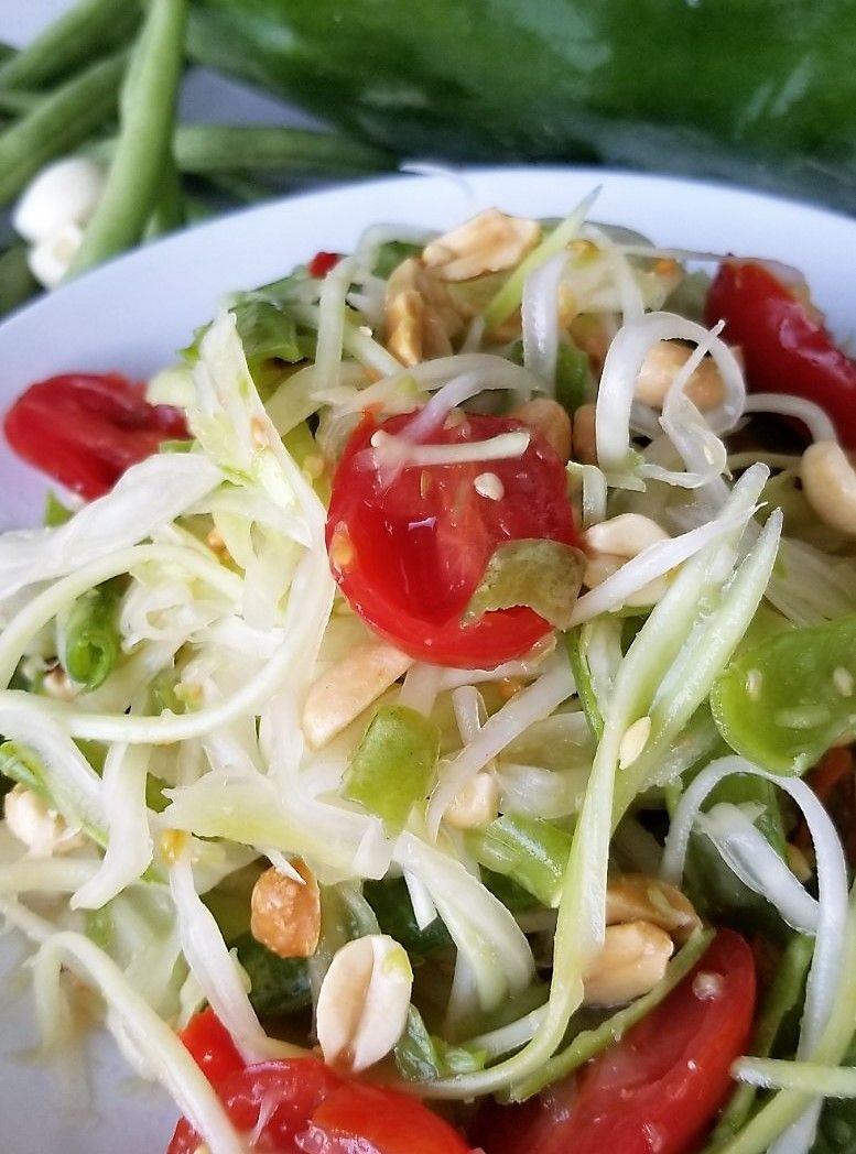 Healthier green papaya salad สมตำไทย healthy thai